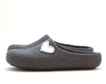 SALE Women house shoes - felted wool slippers - Valentine day gift  - grey with white heart