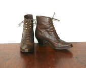 Witch Boots / Brown Leather Boots / Lace Up Boots Sz 7.5