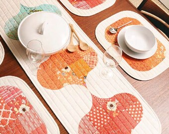 PDF Pattern: 'Baubles' Table Runner & Mats (4)