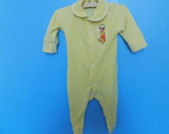 Sz.6 mo. Winnie The Pooh Footed Terry Cloth Sleeper
