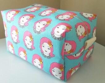 Kawaii Makeup Bag  - Modern Cosmetic Pouch -  Bridesmaid Bag - Bridesmaid Gift