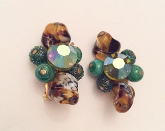 Green Art Glass Earrings, Clip Ons, 1950s Vintage Jewelry, SUMMER SALE