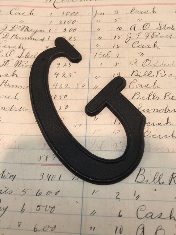 Small black metal letter g vintage metal house letter for Black metal house letters