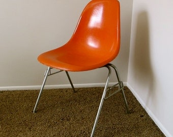 EAMES Fiberglass Side Chair in Orange - Stamped Herman Miller - Mid Century Chair
