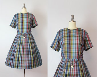 vintage 50s dress / 1950s L'AIGLON dress / plaid cotton dress / novelty coin belt dress / pleated fit and flare / Keep The Change dress