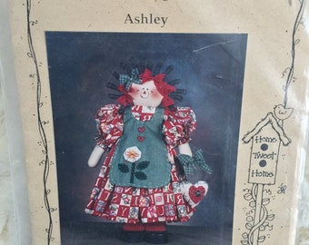 Mulberry Street Ashley Rag Doll Annie Primitive Doll Sewing Pattern UC FF Uncut Country