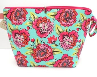Tula Pink flowers Jumbo Clutch zipper bag, Knitting for larger projects, Sweater Bag, Blanket project bag, Jumbo Wedge bag with zipper