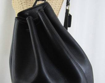 Vintage Extra Large Coach Bucket Bag - Black Leather Shoulder Bag - Made in USA - Classic - Womens Fashion Designer Bag - Collectible Purse