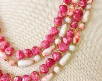 60s 70s vintage acrylic beaded necklaces//marbled hot pink//peachy pink and white teardrop--lot of 2