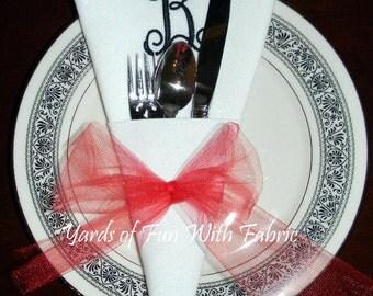 SET OF 50 Monogrammed Dinner Napkins.  Wedding Gift. Corner Cone. White Cloth Napkins. Embroidered Napkins. Personalized Napkins.