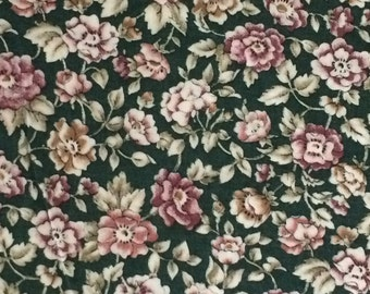 Cotton Fabric / Green Floral Fabric / Floral Fabric / Green Cotton Fabric / Quilting Fabric / Marcus Brothers Textiles