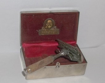 Vintage Ever Ready Safety Razor in Original Chrome Box