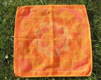 Vintage Floral Cotton Towel, Retro 1970s Orange Terrycloth Washcloth with a funky floral design, Mid Century Washcloth Small Bathroom Towel