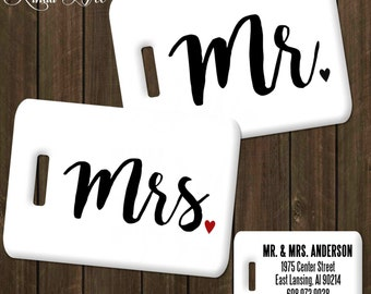 Mr and Mrs Luggage Tags, Personalized Luggage Tag, Bag Tag, Honeymoon Tag, Couples Luggage Tag, His and Hers Wedding Gift, Mr Mrs Gift L0001