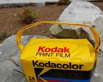 Vintage 1970 1980 Kodak Print Film Cooler Camera Bag 24 exposure Gold 100 Advertising