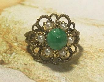 Vintage Green Ring 1940 1950 Renaissance Wedding Bridal Peking Glass  West Germany