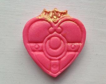 Sailor Moon - Cosmic Heart Compact Mini Soap (Rose, Geranium, Lemon & Tonka Bean)