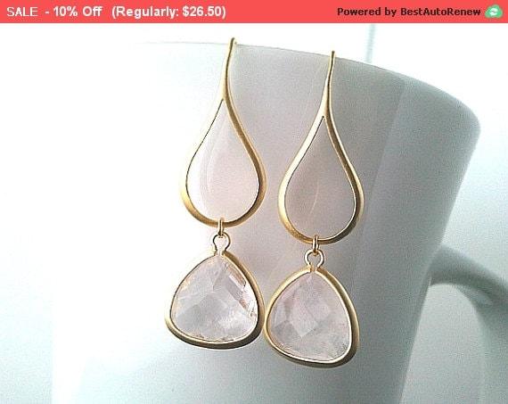 Gold Water Drop Earrings , Clear Crystal Earrings, Dangle Earrings, bridesmaid gifts,Bridesmaid Jewelry, Gold earrings