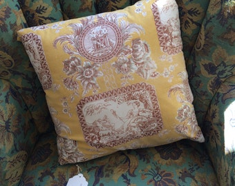 """Vintage gold french toile 15"""" pillow"""