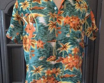 50s 60s Rayon Hawaiian Aloha Shirt