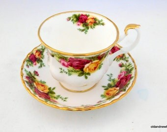 Royal Albert, Old Country Rose Tea Cup and Saucer, Vintage Tea Cup, Tea Party
