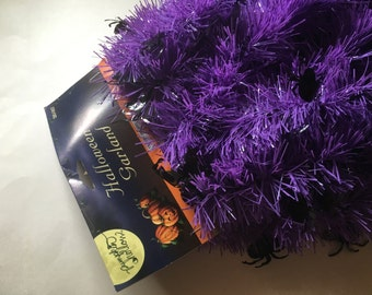 15 feet of purple with black spider Halloween garland (BR)