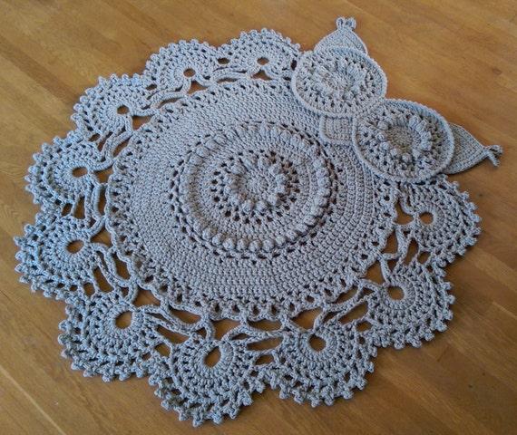 Crochet Owl Rug Pattern: Gray Crochet Owl Rug