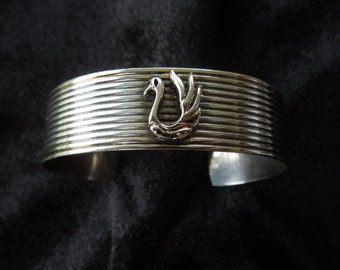 Vintage Silver Bangle, Stamped 925, With Bird Motif, Excellent Condition