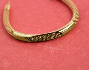 Avon Shimmering Cord Bracelet Gold Tone - Vintage 1979