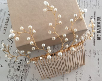 Pearl hair comb- gold bridal accessories - gold hair comb- bridal hair comb-wedding hair accessories. Rustic wedding