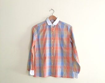 Vintage Pastel Plaid Blouse / Coral & Periwinkle Peter Pan Collar Shirt / Contrast Collar Top / Long Sleeve Button Down  - 1970s