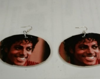 Med/large Michael Jacksons earrings