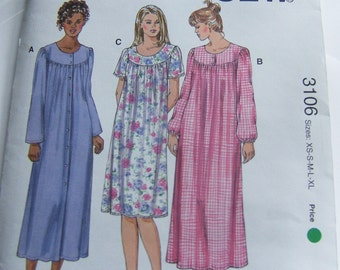 Kwik Sew 3106 uncut size XS - XLarge Robe and night gown