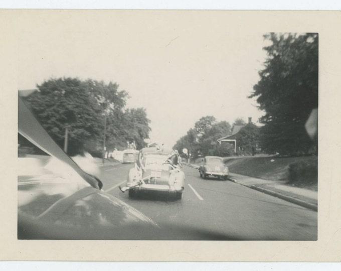 Thru Windshield View Wedding Car, Just Married Getaway Vehicle c1940s Vintage Photo Snapshot [64453]