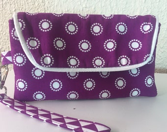 Wristlet / Wallet Wristlet / Clutch Wristlet / Fabric Wristlet / Purple Magenta / Gifts for Her / FREE SHIPPING
