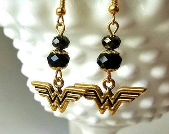 DC Comics Wonderwoman Earrings