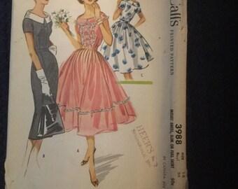 McCall's 3988  Dress Pattern