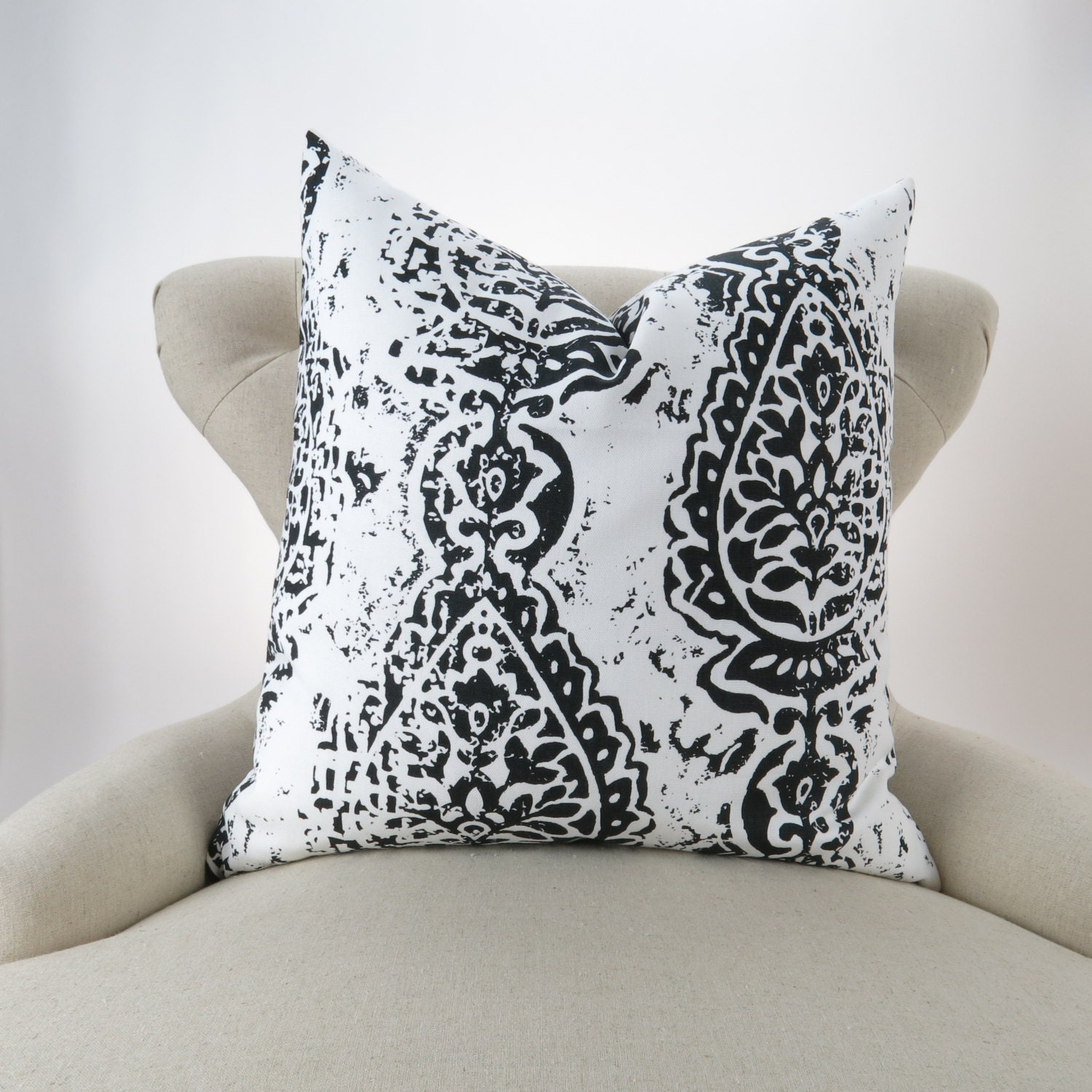 black white pillow cover many sizes throw pillow euro sham. Black Bedroom Furniture Sets. Home Design Ideas