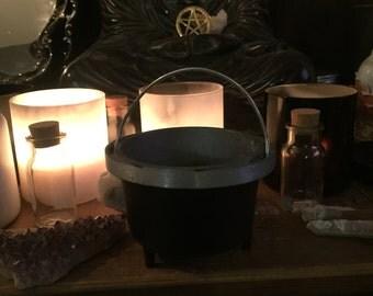 Black cast  cauldron, spell works, Altar Decoration, Altar Supply, Wicca Rituals