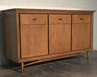 Mid-Century Modern Buffet - Credenza - Tv Stand - Dresser By Kroehler ~ Mad Men / Eames Era Decor *SHIPPING NOT INCLUDED*