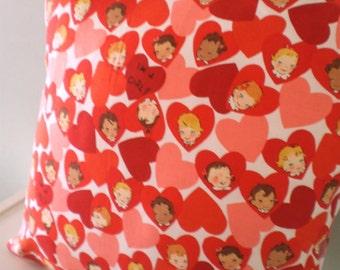 Kawaii Love Heart Kitsch retro Cushion / Pillow cover