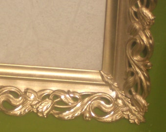 Vintage gold ornate tulip bordered PICTURE FRAME 8 x 10