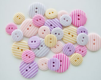 Pretty Candy Stripes Button Collection [B0758]