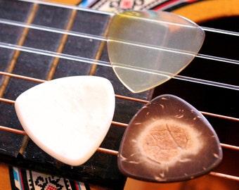 Set of 3 Natural Organic Guitar Picks - Buffalo Horn, Buffalo Bone, Coconut Shell - Natural Tones - Acoustic Guitar, Mandolin, Ukulele