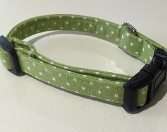 Dog Collar, Green and White Polka Dots Dog Collar