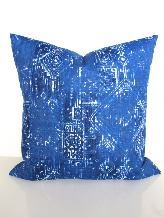 Items similar to BLUE OUTDOOR PILLOWS Blue Throw Pillow Royal Blue Pillow Covers Cobalt Pillows ...