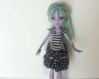 Gothic Lolita Outfit for EAH Monster Highschool Doll