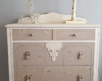French Counry Dresser chest in Chalky White and Warm Grey