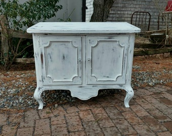 Vintage Table,Painted Furniture,Side Table,End Table,Shabby Furniture,Cottage Furniture,Farmhouse Furniture