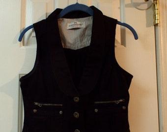 Vintage Fashion Women's Little Black Vest Size Medium Cotton